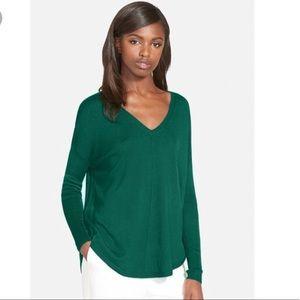 Trouve emerald green vneck sweater - M